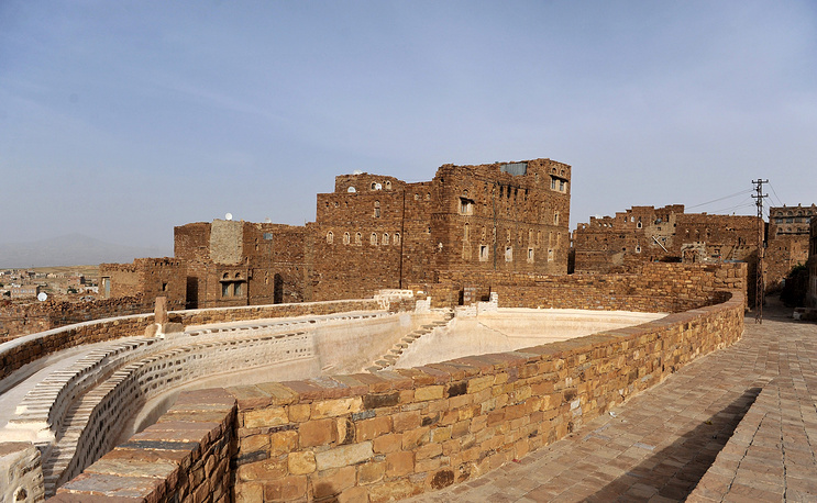 Каменные постройки в старом городе Суля. Город очень хорошо сохранился и включает в себя около 600 каменных домов и 25 мечетей