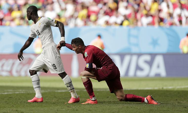 В составе сборной Португалии Роналду неудачно выступил на прошедшем в Бразилии чемпионате мира - португальцы не смогли выйти из группы. В трех матчах он забил один мяч