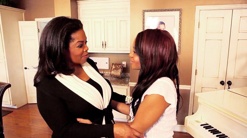 "Опра Уинфри и Бобби Кристина Браун во время шоу ""Опра. Следующая глава: Разговоры о Уитни Хьюстон с ее семьей"", 2012 год"