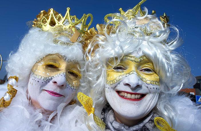 Участники карнавального шествия в Рурмонде, Нидерланды