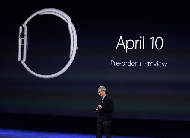 Предзаказ часов начнется 10 апреля, а продажи стартуют 24 апреля этого года в Австралии, Великобритании, Германии, Гонконге, Канаде, Китае, США, Франции и Японии. России в этом списке пока нет