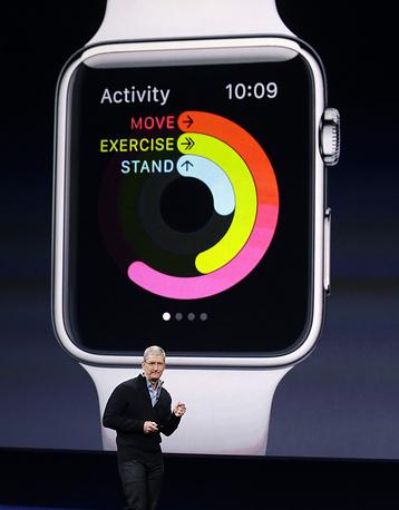 Устройство может выступать в роли персонального тренера, отслеживая физическую активность пользователя
