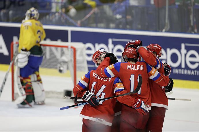 Сборная России по хоккею вышла в полуфинал чемпионата мира. Соперником подопечных Олега Знарка будет команда США