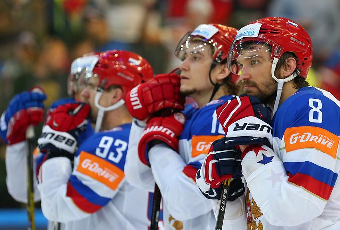 Разочарование игроков сборной России - они не сумели защитить титул, завоеванный год назад на мировом первенстве в Белоруссии