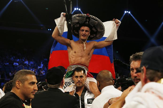 Евгений Градович победил Билли Диба нокдауном в 9 раунде и защитил титул чемпиона мира по версии IBF, 2013 год