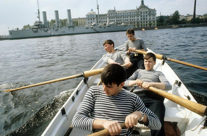 Курсанты-нахимовцы во время морской подготовки, 1982 год
