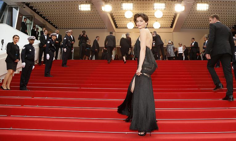 Модель и актриса Летиция Каста на церемонии закрытия Каннского кинофестиваля