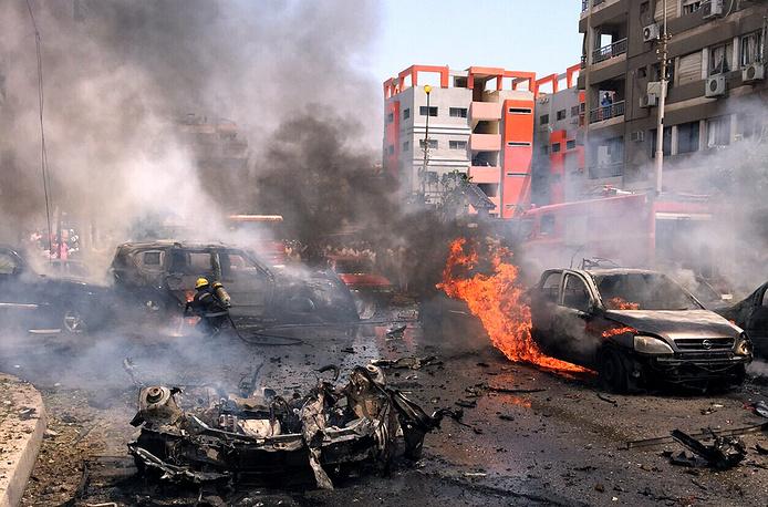 Взрыв на пути следования его кортежа прогремел утром: у стен военной академии в Каире, где проезжал генпрокурор, сработала бомба