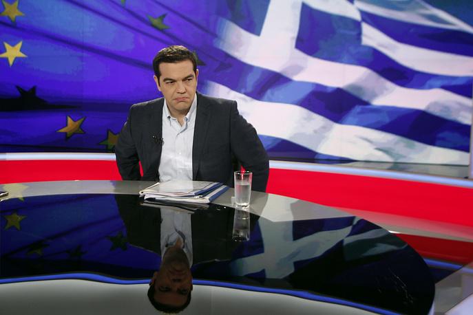 """Правительство Греции утверждает, что голосование касается только предложения кредиторов и не проводится по поводу членства страны в еврозоне, которое """"является данностью и не подлежит обсуждению"""". На фото: премьер-министр Греции Алексис Ципрас"""