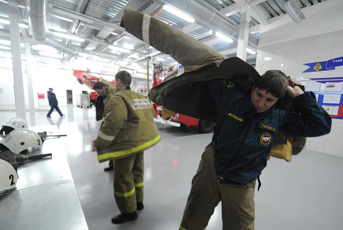 Во время учебной тревоги в пожарной части № 23, Таганрог, 2014 год