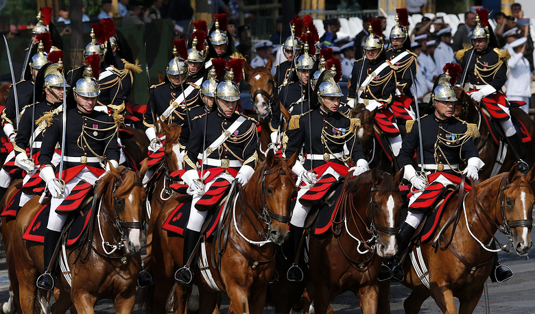 Всадники французской Республиканской гвардии