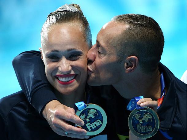 Кристина Джонс и Билл Мэй с золотом чемпионата мира