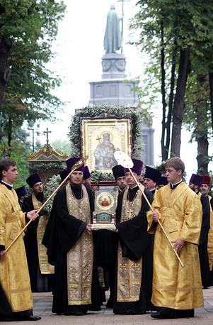 Во время молебна на Владимирской горке