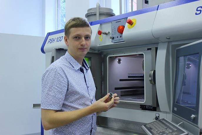 Инженер Сотов Антон