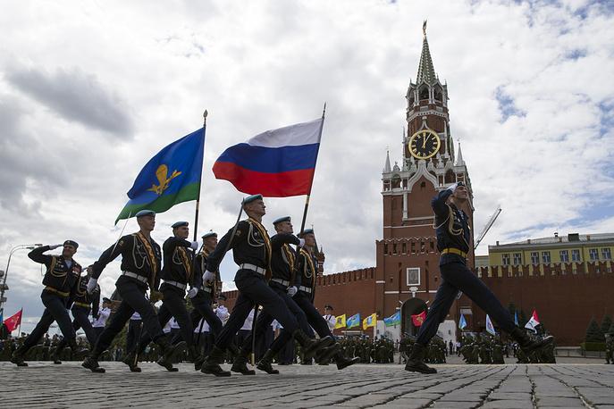 Празднование Дня десантника на Красной площади  в Москве