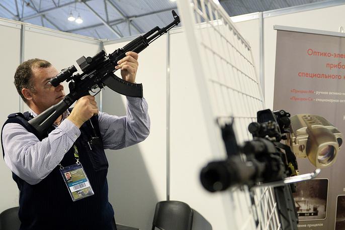 Общее количество экспонатов на Russia Arms Expo - 2015 составило около 2,5 тысячи образцов