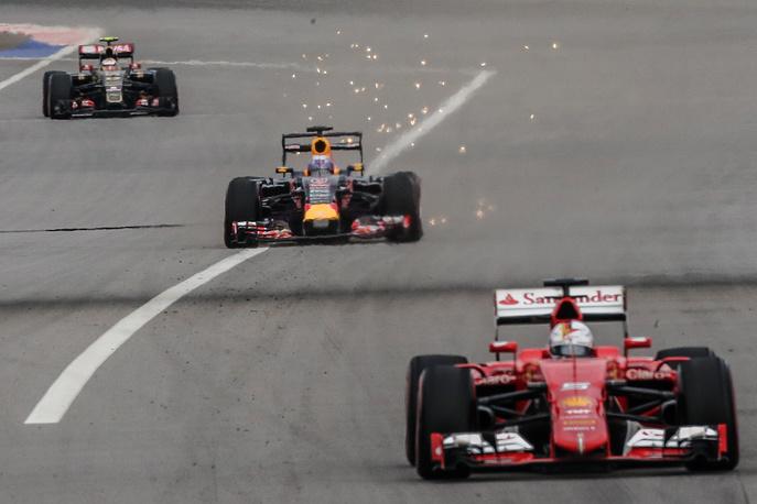 Пилоты команд Lotus Пастор Мальдонадо, Red Bull Даниэль Риккардо и Ferrari Себастьян Феттель