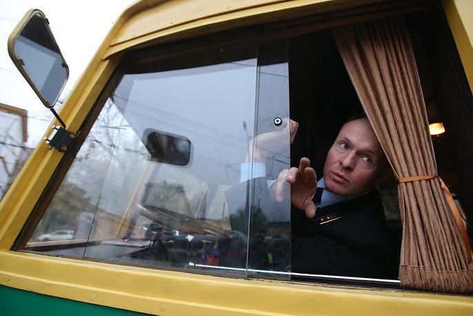 Водитель троллейбуса ЯТБ-1