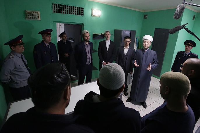 Главный имам московской Соборной мечети Ильдар-хазрат Аляутдинов
