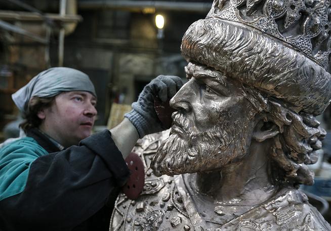 Открытие монумента Ивану Грозному вОрле приняли решение отложить