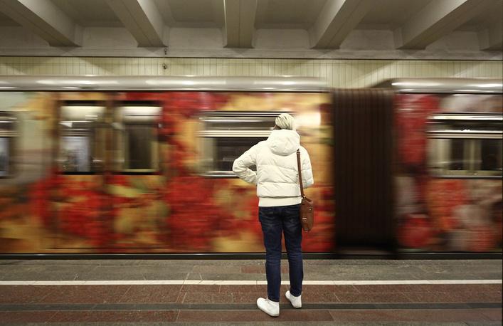 Поезд «Акварель» собновленной экспозицией пустили вметро столицы