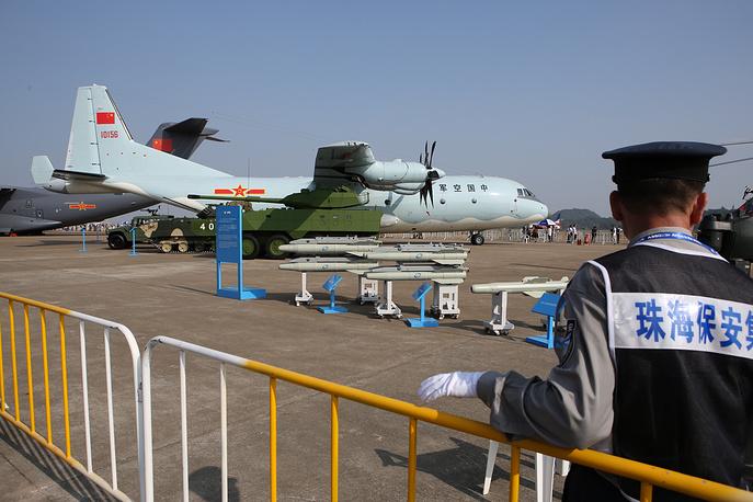 Китайский многоцелевой транспортный самолет Y-9