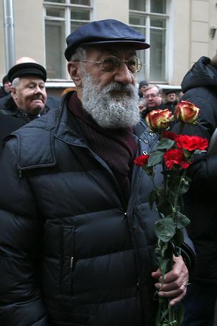 Первый вице-президент Русского географического общества Артур Чилингаров на открытии мемориальной доски политику Евгению Примакову