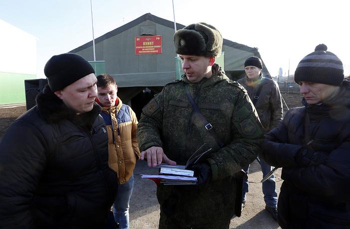 РФ ввела встрой еще одну новейшую дивизию около границ государства Украины