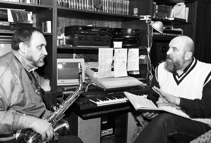 Саксофонист Алексей Козлов и актер Алексей Петренко, 1993 год