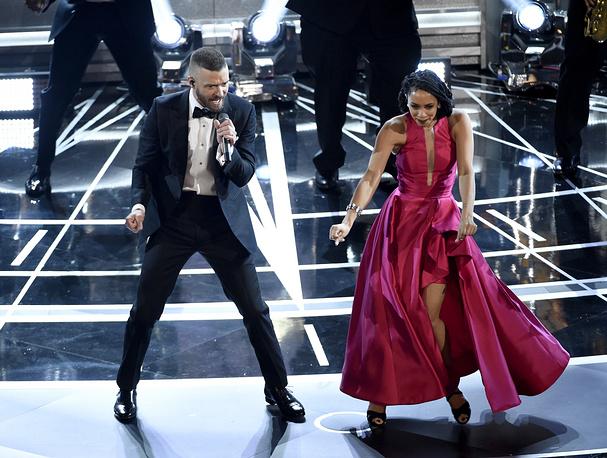 """Джастин Тимберлейк исполняет песню Can't Stop the Feeling, которая в этом году была номинирована на """"Оскар"""""""