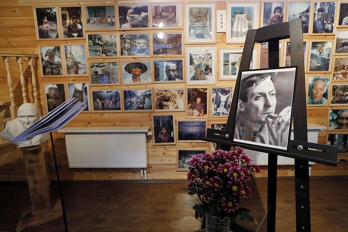 Музей-галерея Евгения Евтушенко в Переделкине