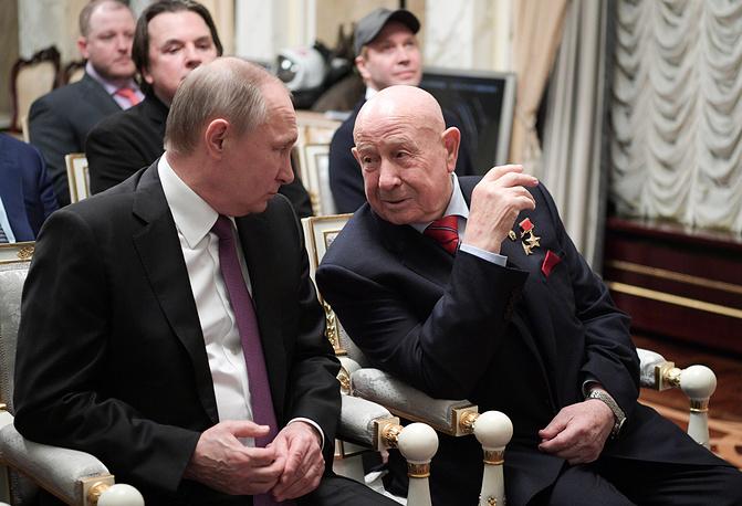 Владимир Путин и Алексей Леонов