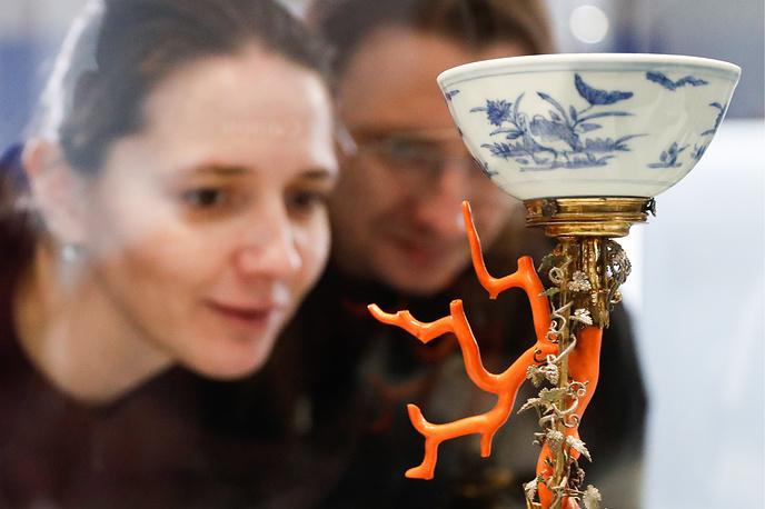 Кубок с фарфоровой чашей (Нюрнберг, 1630 год)