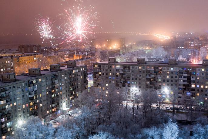 Салют в одном из районов Омска