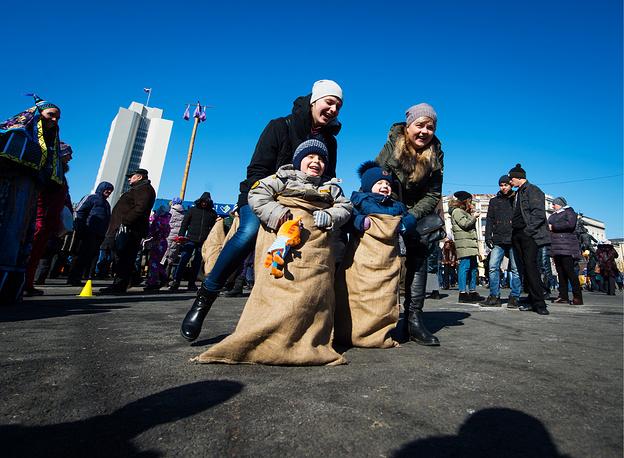 Празднование Масленицы во Владивостоке