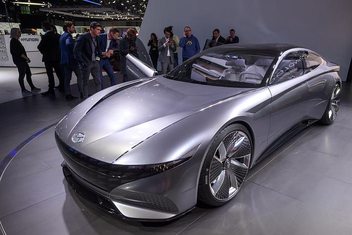 Философия нового концепт-кара от Hyundai — Le Fil Rouge — отражает  единство прошлого, настоящего и будущего автомобильного дизайна