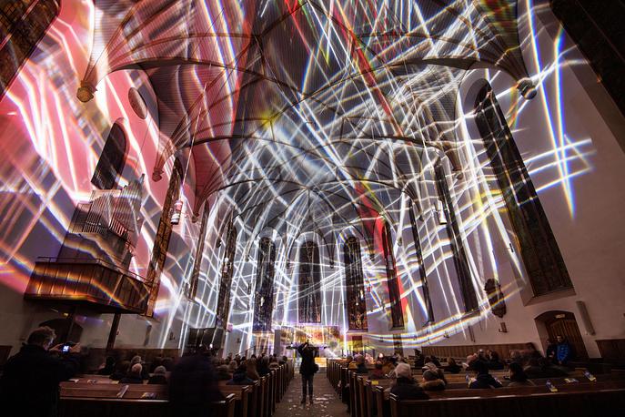 Инсталляция Виктории Кельн в церкви Святой Екатерины