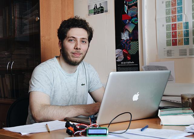 Разработчик системы, студент факультета прикладной математики и информатики НГТУ Александр Гриф
