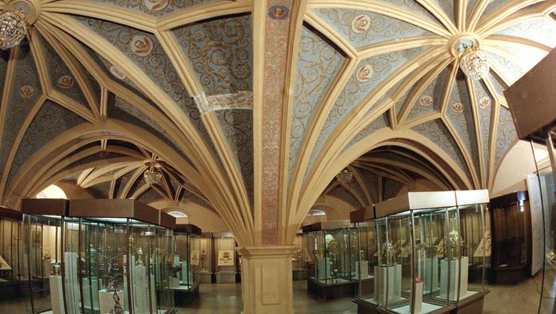 Владычная палата до реставрации. 1998 год