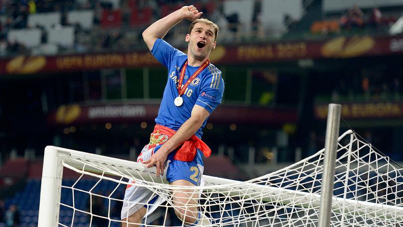 Автор победного гола сербский защитник Бранислав Иванович