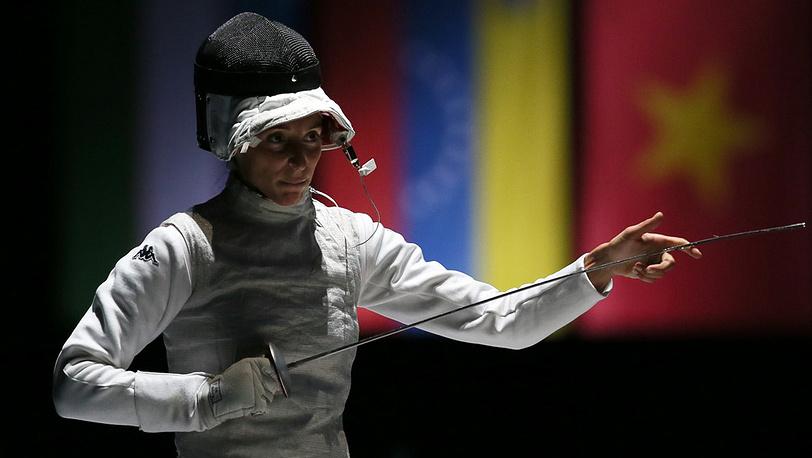 Итальянка Элиза ди Франчиска - чемпионка в фехтовании на рапирах у женщин
