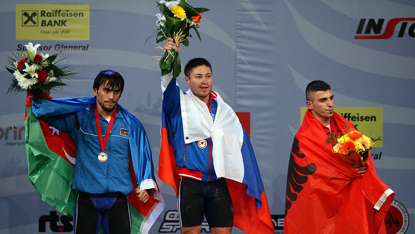 Сардар Хасанов, Олег Чен и Даниэль Годелли (слева направо) на пьедестале