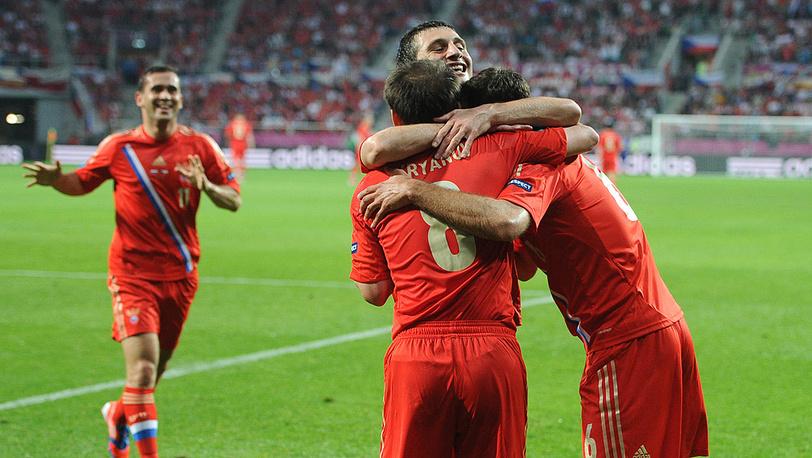 Матч группового этапа чемпионата Европы по футболу 2012: Россия - Чехия - 4:1