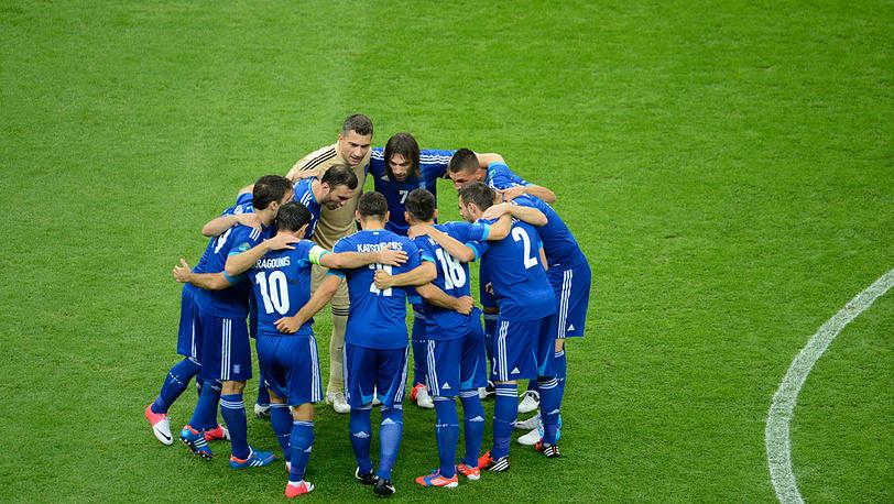 Сборная Греции на матче чемпионата Европы по футболу 2012: Польша - Греция - 1:1