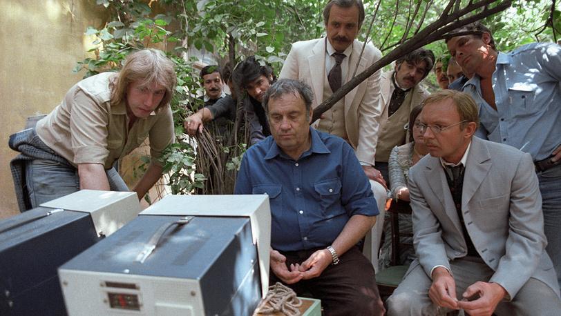 """Рабочий момент съемок фильма """"Жестокий романс"""". 1983 год"""