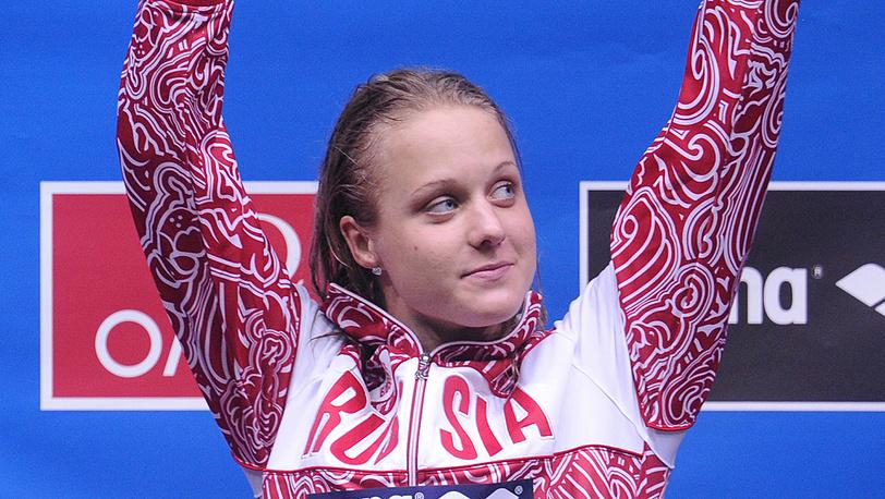 Елена Соколова, занявшая 1-е место на дистанции 400 м вольным стилем