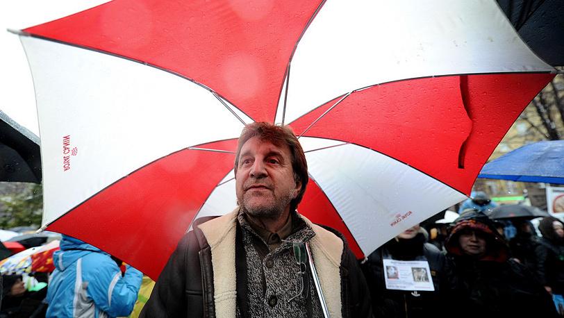 Актер Леонид Ярмольник во время митинга