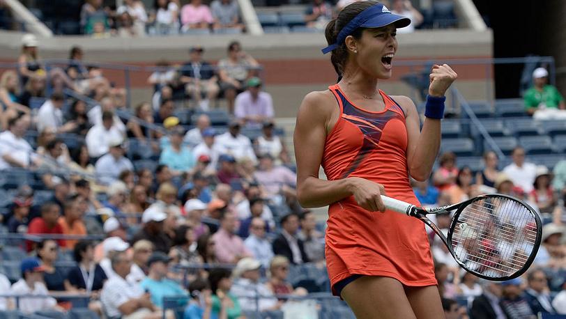 Сербка Ана Иванович в матче против белорусской теннисистки Виктории Азаренко в четвертом раунде. Фото EPA/JUSTIN LANE