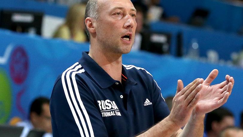 Главный тренер сборной России Василий Карасев