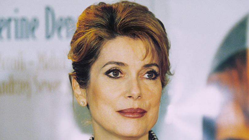 Актриса Катрин Денев, 1997 г. Фото ИТАР - ТАСС